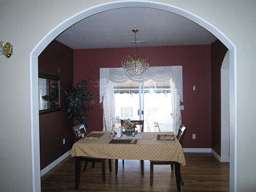central_point_paisley_interior_dining.jpg