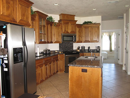 eagle_point_aspen_interior_kitchen.jpg